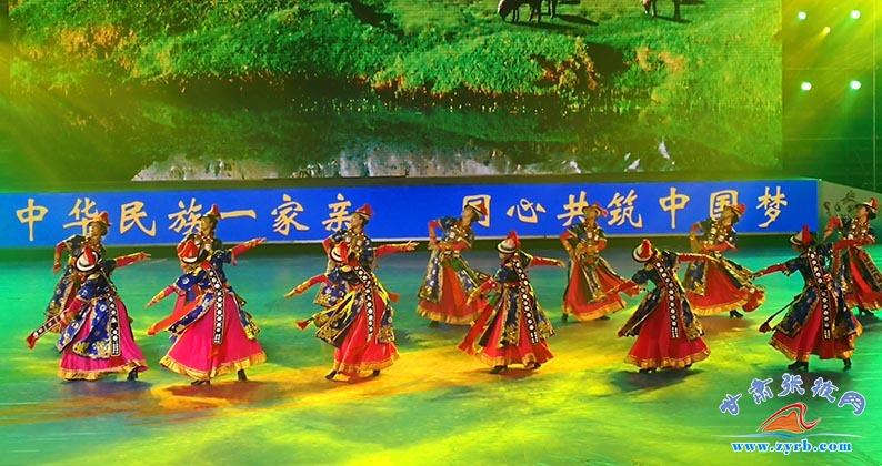 张掖肃南民族歌舞团助力甘肃省第九届民运会开幕