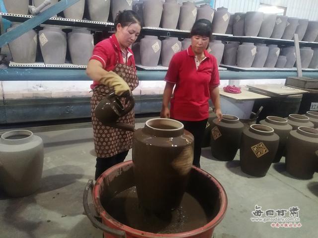平川陶瓷特色小镇:醇厚陶瓷文化醉游人