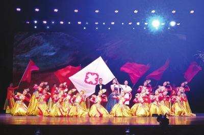 """兰州市隆重庆祝首个""""中国医师节"""""""