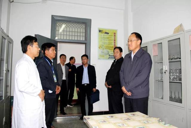 副市长贾汝昌调研靖远县义务教育均衡发展工作