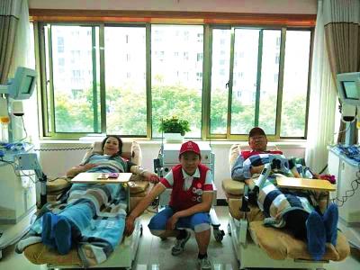 古浪范金凤夫妇10年献血10万毫升