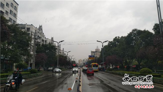 """天水出租车集体玩""""失踪"""" 市民出行不方便"""