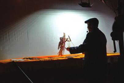 吕兰生:皮影戏的守护者