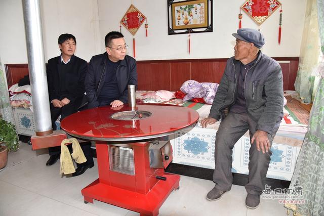 """景泰县法院开展""""下基层、进农户、听民意、解民忧、送温暖""""活动"""