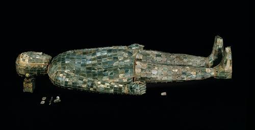 金缕玉衣。河北博物院供图