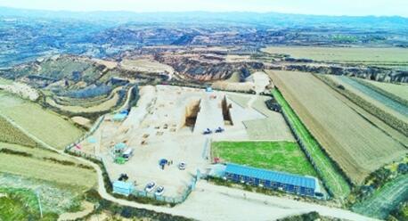 陕西渭南发现神秘芮国都城遗址和大墓