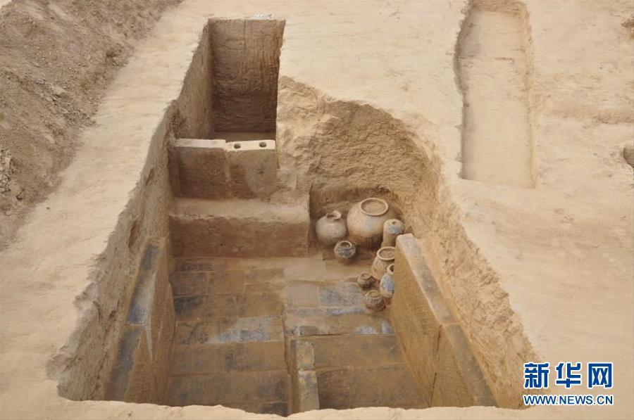 (图文互动)(1)160座两汉时期墓葬现身河南郑州 千件文物揭秘古人生活