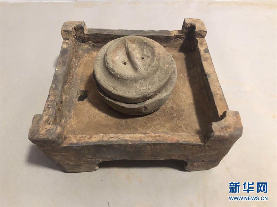 (图文互动)(2)160座两汉时期墓葬现身河南郑州 千件文物揭秘古人生活