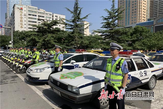 高考期间 374辆金城快骑为考生提供应急服务_武汉工业职业技术学院