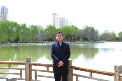 """让园林景观成为""""精致兰州""""最靓丽的风景——记兰州市首批""""青年专家""""杨振坤"""