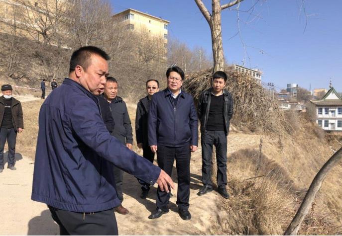 临夏州应急局组织开展地质灾害点联合勘察工作