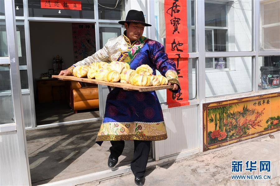 """(脱贫攻坚)(3)从贫困户到致富能人――藏族村民宋天柱""""变身""""记"""