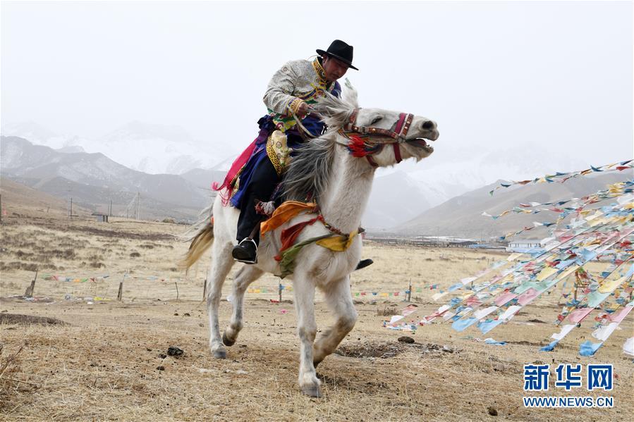 """(脱贫攻坚)(5)从贫困户到致富能人――藏族村民宋天柱""""变身""""记"""
