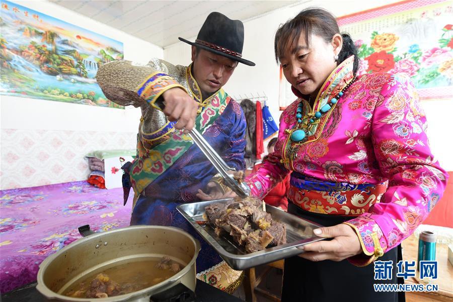 """(脱贫攻坚)(7)从贫困户到致富能人――藏族村民宋天柱""""变身""""记"""