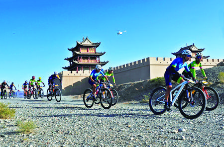 与沙为伴 驭风前行——陇越骑联2020穿越丝绸之路(国际)山地自行车赛掠影