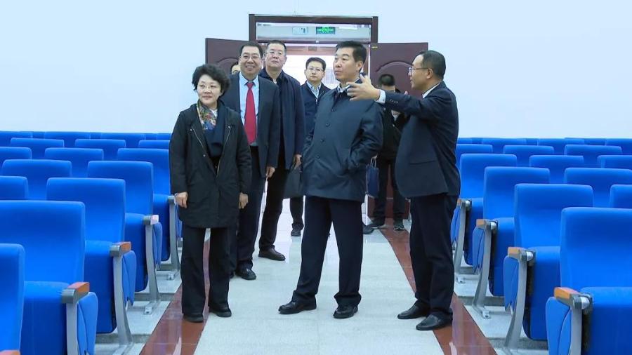张海波在金昌调研时强调 积极推动党建与审判工作深度融合 确保平