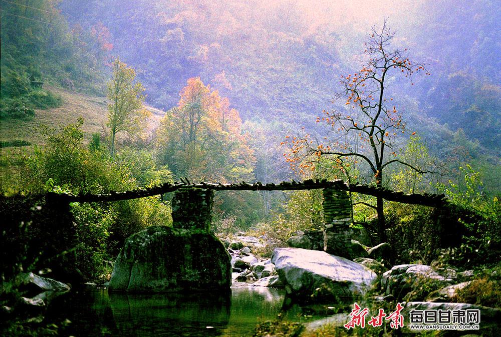小桥流水(裕河风光)-作者:任可.jpg