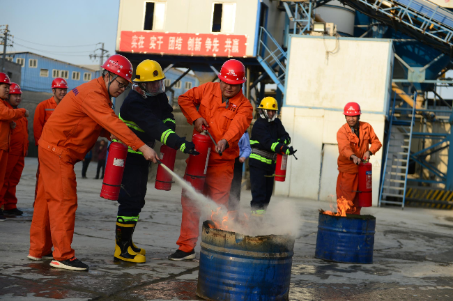中铁二十一局在榆中举行消防应急
