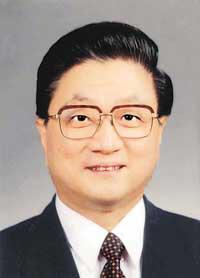 黄菊同志简历